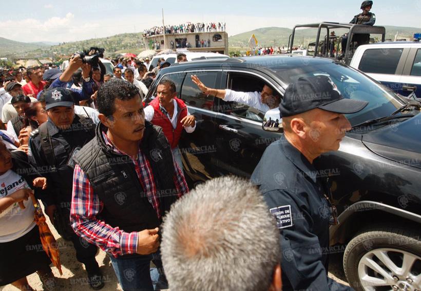 Video: Rompen diálogo; basurero municipal no se abrirá | El Imparcial de Oaxaca
