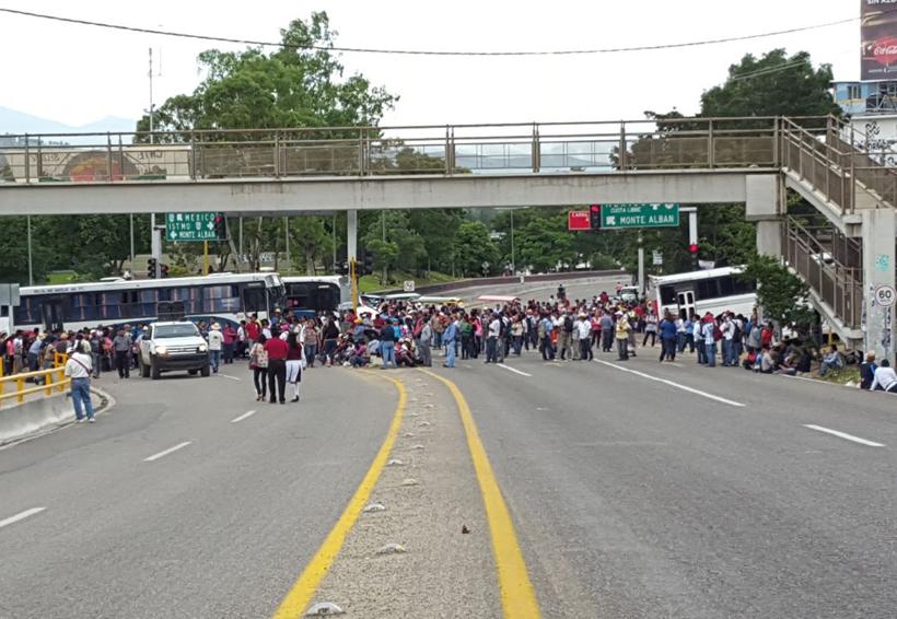 Castigan a visitantes; no hay apoyo ante bloqueos en Oaxaca | El Imparcial de Oaxaca
