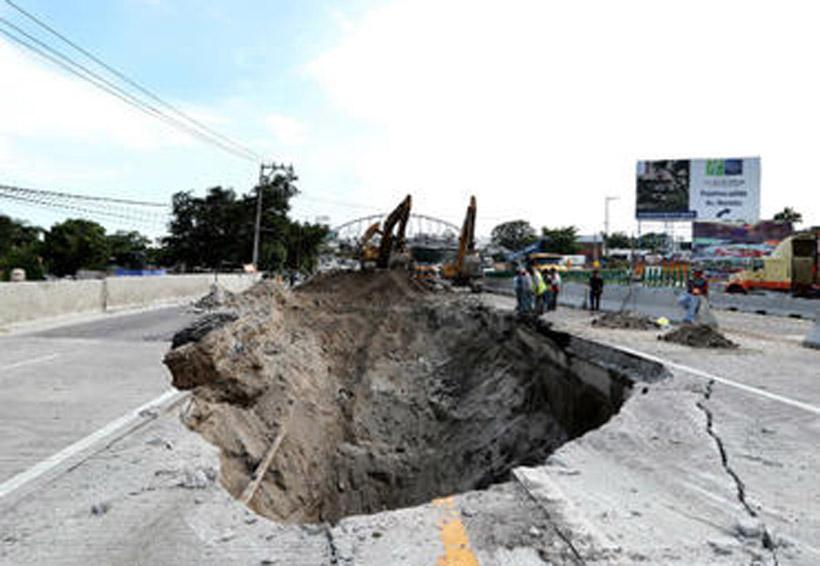 Paramédicos se negaron a bajar al socavón, dice supuesto testigo | El Imparcial de Oaxaca