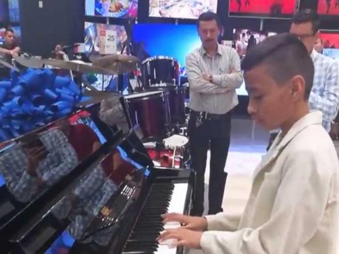 Video: Regalan piano a niño prodigio que conquistó las redes | El Imparcial de Oaxaca
