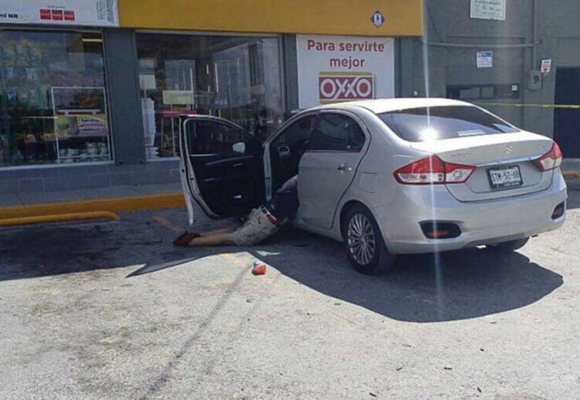 Graban ejecución de hombre afuera de tienda Oxxo   El Imparcial de Oaxaca