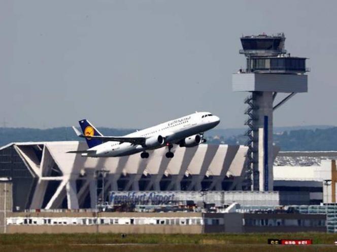 Despega avión con 191 pasajeros y aterriza con 192, nace bebé en vuelo | El Imparcial de Oaxaca