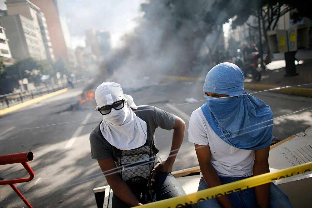 Oposición venezolana reanuda protestas y bloqueos tras Constituyente | El Imparcial de Oaxaca