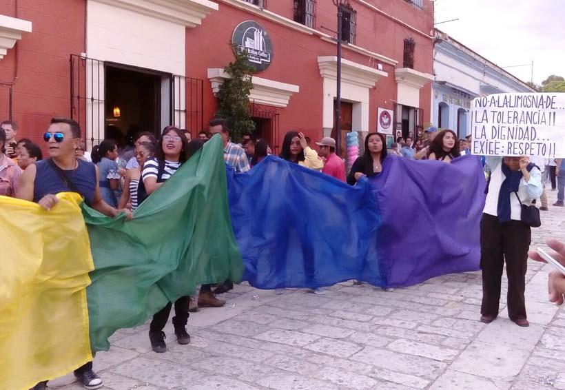 Recorren el andador contra la homofobia en Oaxaca | El Imparcial de Oaxaca