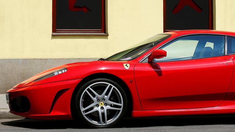 Compra un Ferrari y lo convierte en cenizas en una hora | El Imparcial de Oaxaca