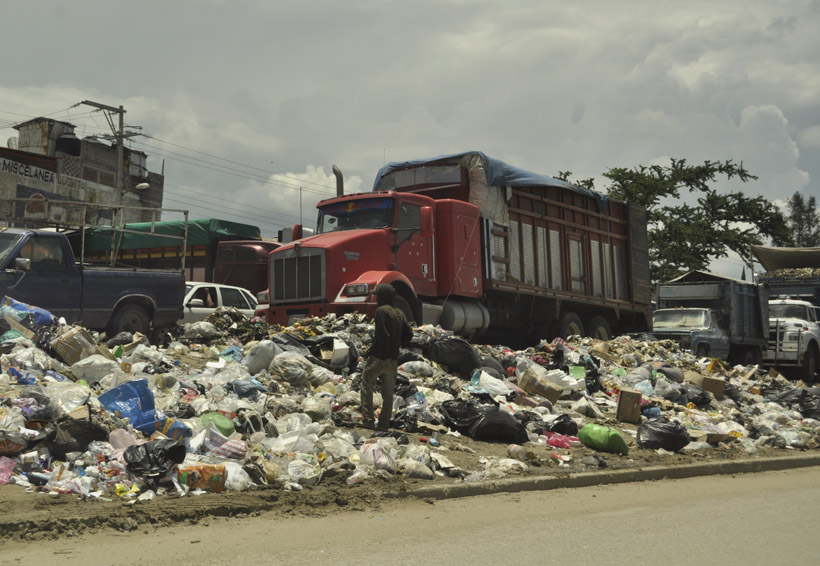Acuerdo en el basurero llega con el Centro de Oaxaca colapsado | El Imparcial de Oaxaca