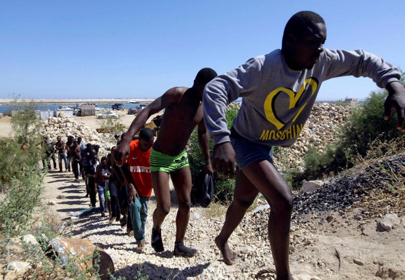 Macron creará centros de control para solicitantes de asilo en Libia | El Imparcial de Oaxaca