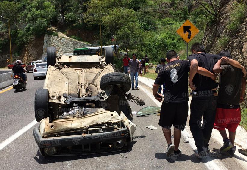 Accidente en el Cerro del Fortín | El Imparcial de Oaxaca