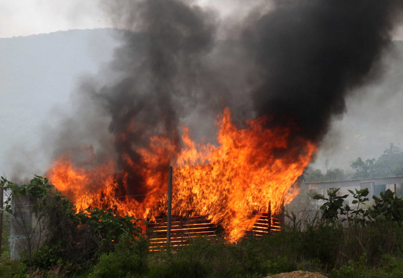 Incendian guarida  del FP 14 de Junio | El Imparcial de Oaxaca