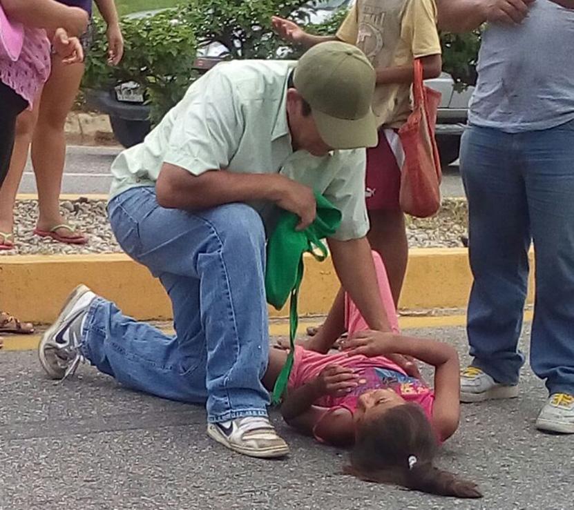 Hospitalizan a niña tras accidente vial en Puerto Escondido | El Imparcial de Oaxaca