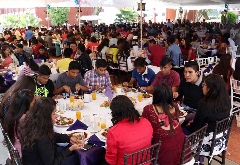 Rechaza CBTIS 123 a 300 aspirantes | El Imparcial de Oaxaca