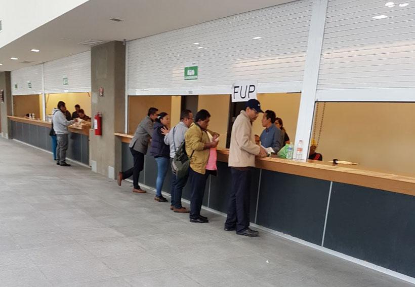 Exdirigente de la S-22 asiste a la evaluación | El Imparcial de Oaxaca