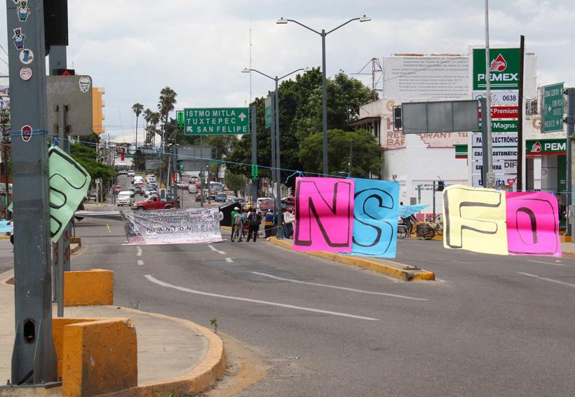 Normalistas exigen liberar 27 mdp para la ENSFO | El Imparcial de Oaxaca