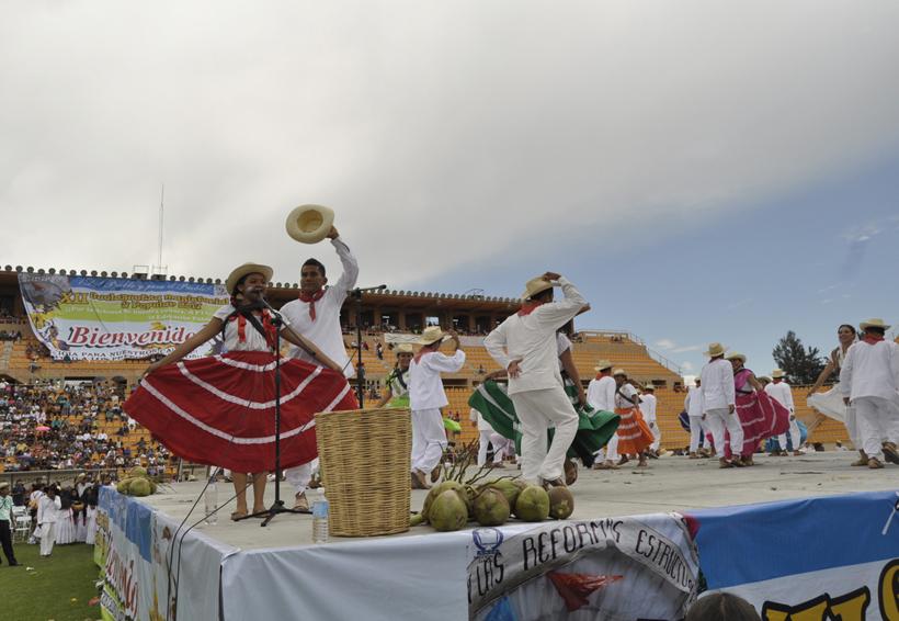 Deslucida Guelaguetza Magisterial | El Imparcial de Oaxaca