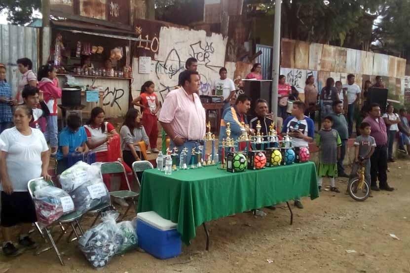 Premian a los campeones de la Liga Real San Martín | El Imparcial de Oaxaca