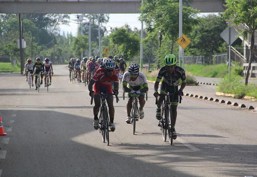 En buenas condiciones los ciclistas accidentados en Xoxocotlán | El Imparcial de Oaxaca