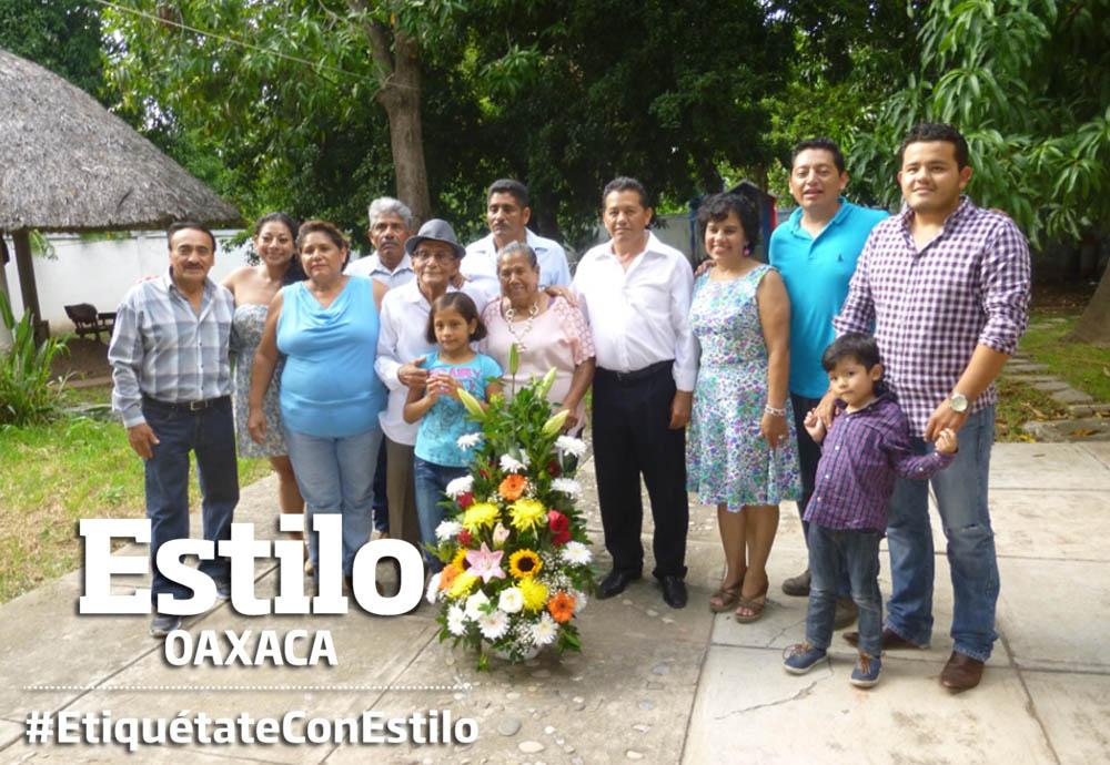 ¡Felicidades,  doña Esther! | El Imparcial de Oaxaca