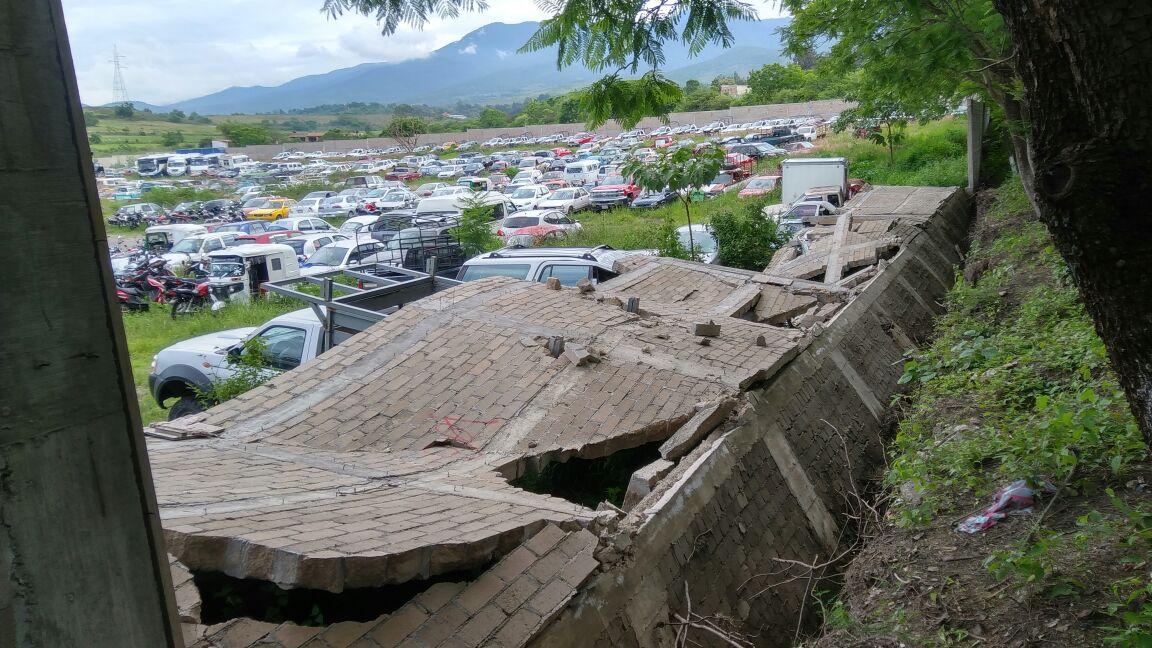 Colapsa barda del encierro oficial en San Agustín Etla | El Imparcial de Oaxaca