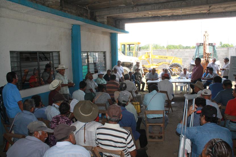 Autoridad municipal de Tehuantepec  refrenda su apoyo a productores | El Imparcial de Oaxaca