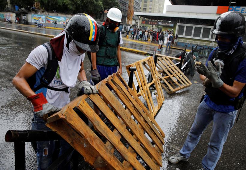 Plan de emergencia de Maduro dará lugar a 'una persecución contra oposición': Grupo VA | El Imparcial de Oaxaca