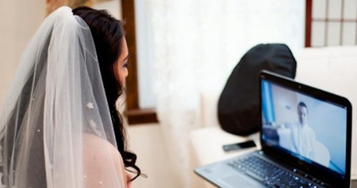 Argentino de la tercera edad se casa por videoconferencia con su novia de Colombia | El Imparcial de Oaxaca