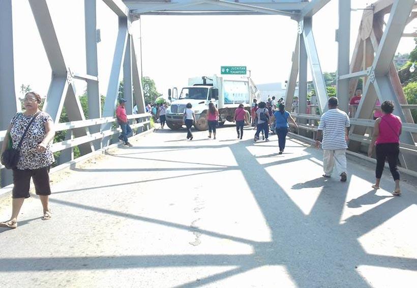 Pérdidas millonarias por bloqueo en Tehuantepec | El Imparcial de Oaxaca