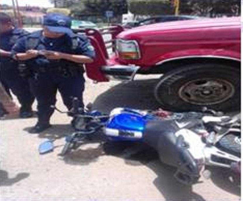 Chocan motociclista y camioneta en bulevar  de Huajuapan de León   El Imparcial de Oaxaca