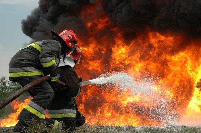 Detienen a sujeto que por cinco años se hizo pasar por bombero | El Imparcial de Oaxaca