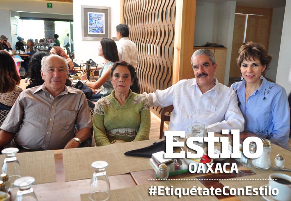 En familia   El Imparcial de Oaxaca