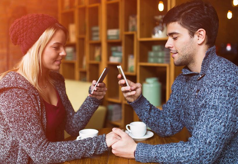 4 fenómenos que afectan a las parejas en la era digital | El Imparcial de Oaxaca