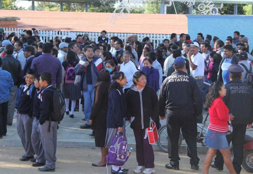 Cobran hasta 300 pesos por  documento en secundaria   El Imparcial de Oaxaca