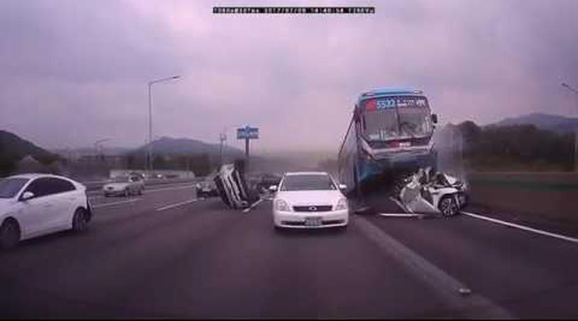 Parece una película de acción, pero es un accidente de la vida real   El Imparcial de Oaxaca