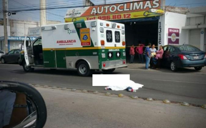 Ladrón intenta huir tras robar un auto, y muere atropellado | El Imparcial de Oaxaca