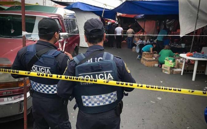 Se enfrentan extorsionadores rivales en un tianguis; mueren dos personas | El Imparcial de Oaxaca