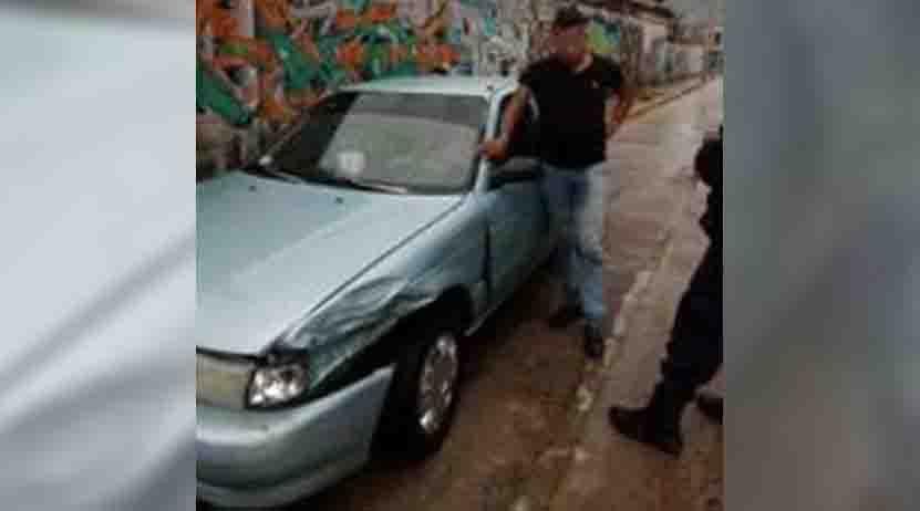 Agentes salvan a  ebrio conductor en Huajuapan de León | El Imparcial de Oaxaca