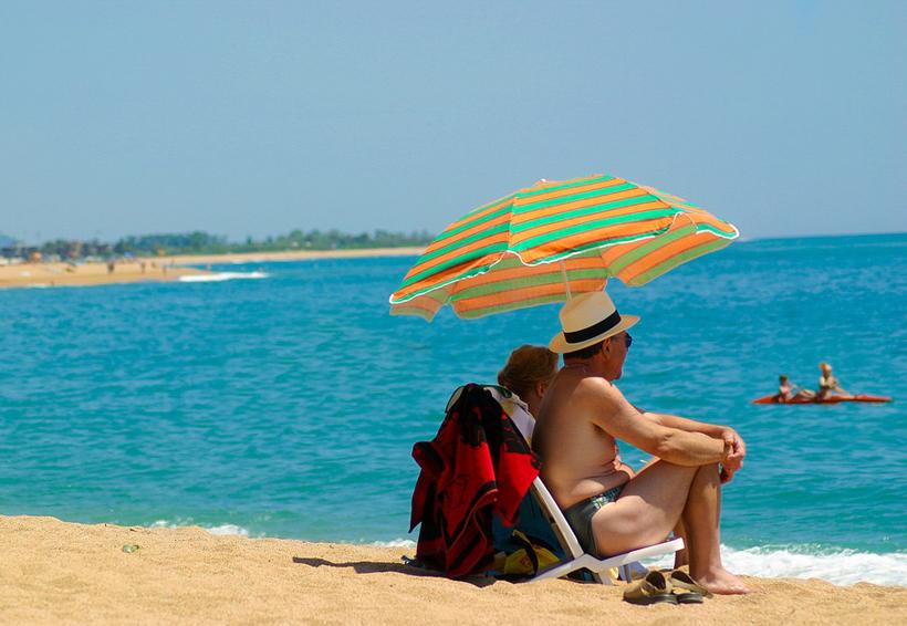 Los 7 aliados que no deben faltar en tu bolsa de la playa | El Imparcial de Oaxaca