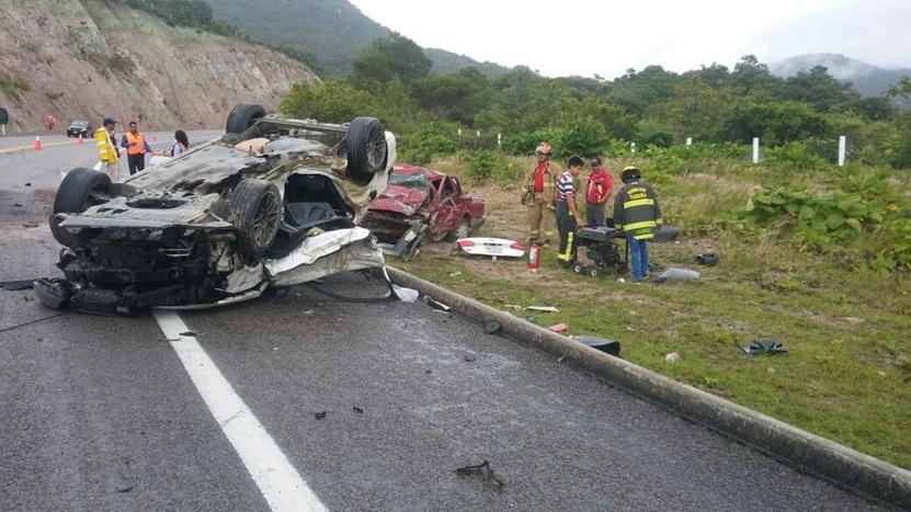 Reclaman a las víctimas mortales de encontronazo en la carretera Oaxaca-Mitla | El Imparcial de Oaxaca