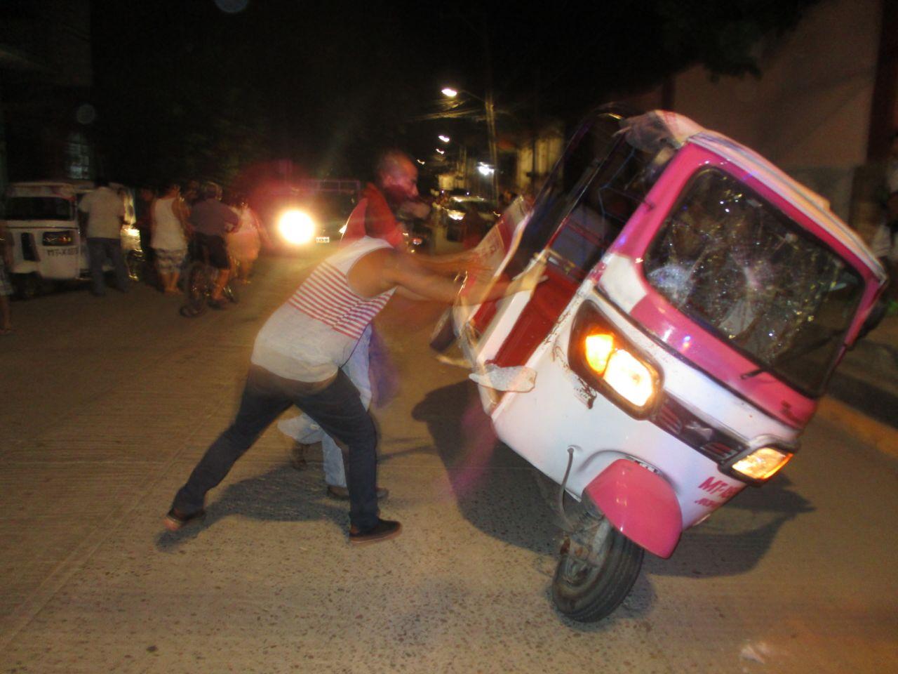 Humillan en Juchitán a mototaxista   El Imparcial de Oaxaca
