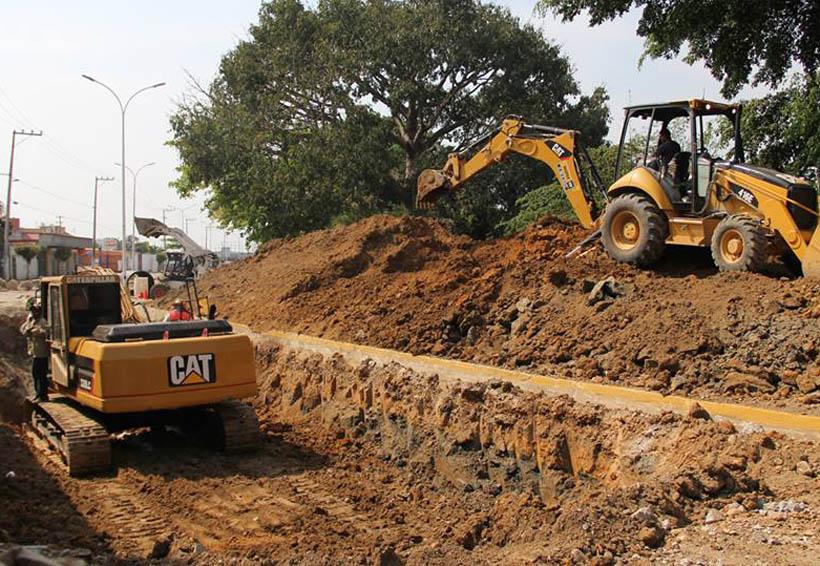 En Tuxtepec aún sin responsabilizarse de los daños en el muro, empresa constructora | El Imparcial de Oaxaca