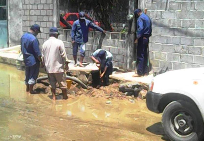 Comerciantes rechazan obra de drenaje en Matías Romero | El Imparcial de Oaxaca