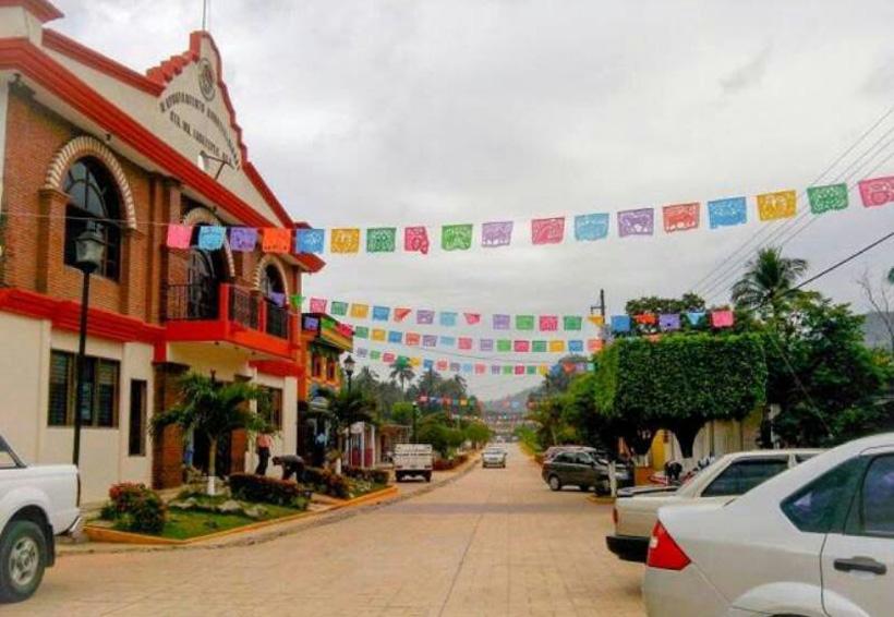 Acusan en Jacatepec recursos insuficientes   El Imparcial de Oaxaca