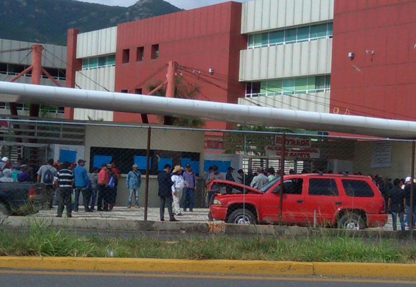 Vuelven a tomar Ciudad Administrativa | El Imparcial de Oaxaca