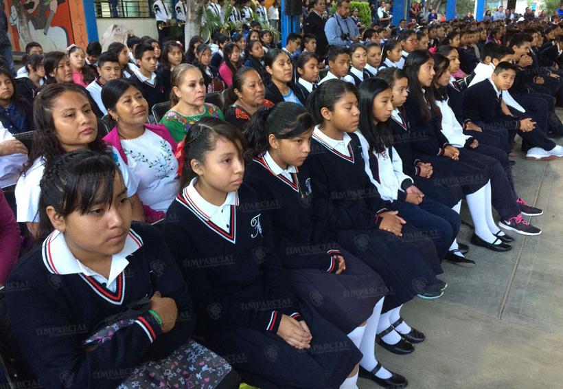 Madrugan a la S-22, inauguran en 'El Tule' Ciclo Escolar 2017-2018 | El Imparcial de Oaxaca