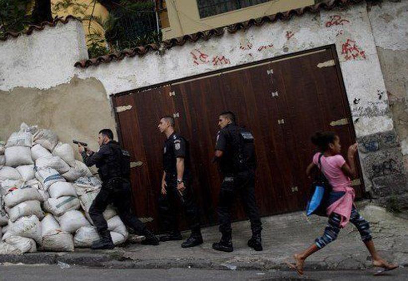 Operativo para combatir narcotráfico deja sin escuela a niños en Brasil | El Imparcial de Oaxaca
