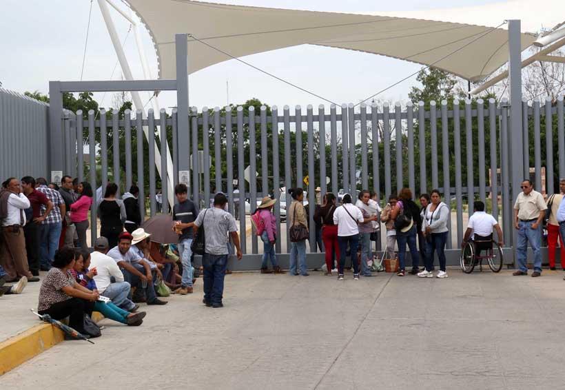 Bloquea Lubizha Ciudad Judicial | El Imparcial de Oaxaca