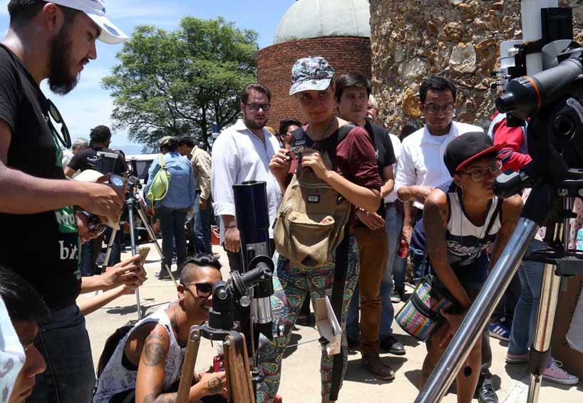 Crónica: Pasó de noche el eclipse en Oaxaca   El Imparcial de Oaxaca