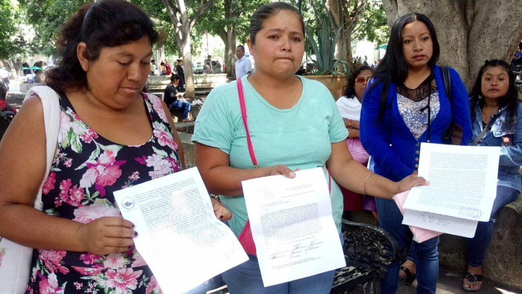Madres denuncian a profesor de la S-59 por acoso sexual a niñas | El Imparcial de Oaxaca