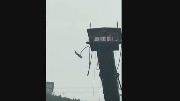 Sufre un terrible accidente al hacer 'bungee' desde una plataforma | El Imparcial de Oaxaca