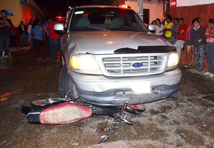 Motociclista arrastrado por una camioneta | El Imparcial de Oaxaca