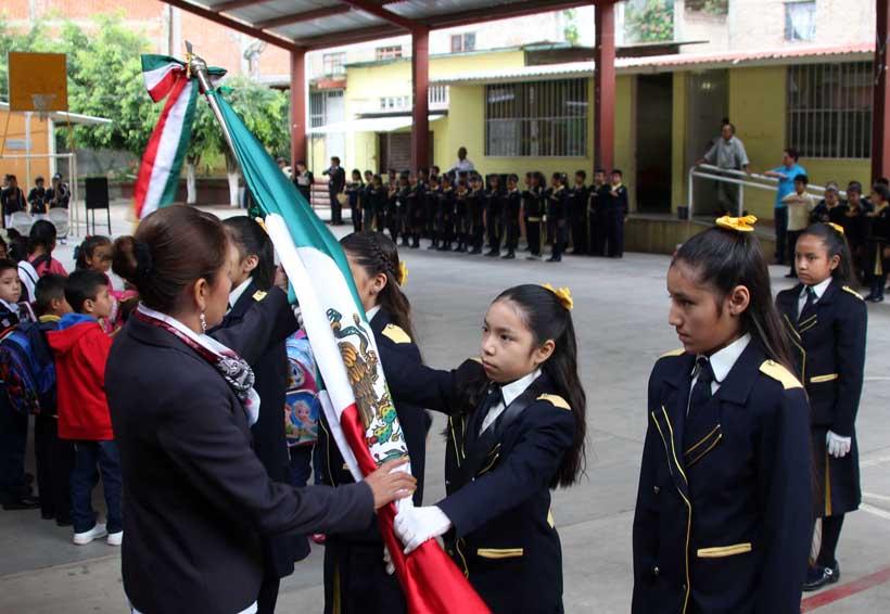 Más de un millón de estudiantes vuelven a clases en Oaxaca   El Imparcial de Oaxaca